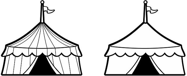 dva cirkusové stany